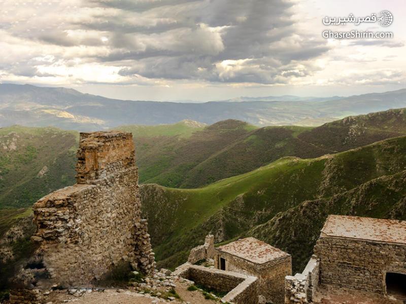 قلعه بابک در 16 مکان دیدنی ایران