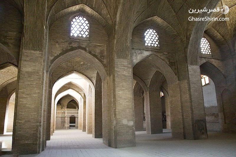 داخل-مسجد-جامع