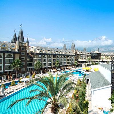 هتل ویاژ لاک آنتالیا (Voyage Belek Golf & Spa)