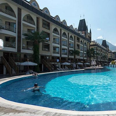 هتل کریستال پریستیژ (Crystal Prestige Elite Hotel)
