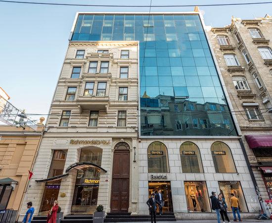 هتل ریچموند استانبول (Richmond Hotel)